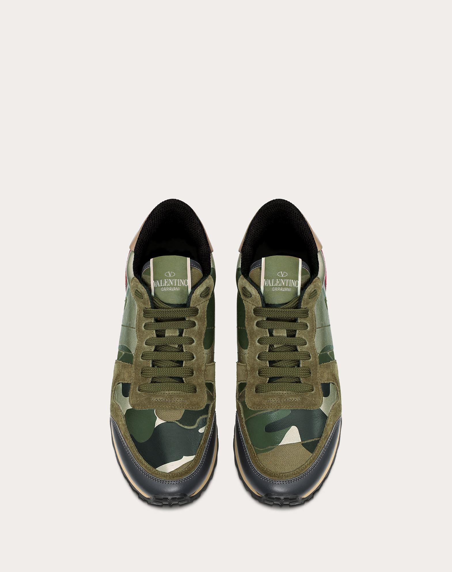 VALENTINO GARAVANI Camouflage sneaker LOW-TOP SNEAKERS D e