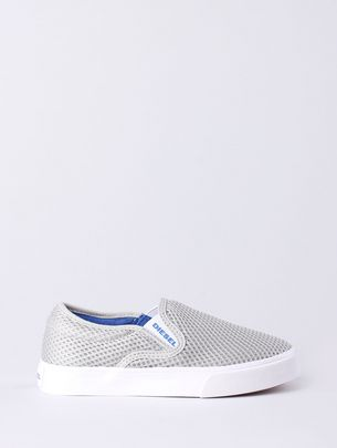 DIESEL SLIP ON 3 MESH CH Footwear E f