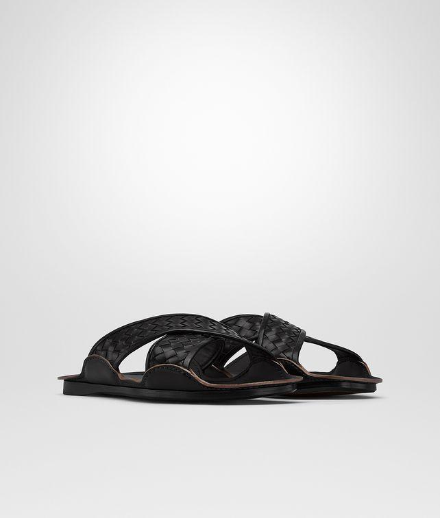 d85697ff3664f BOTTEGA VENETA SANDAL IN NERO INTRECCIATO CALF Sneaker or Sandal       pickupInStoreShippingNotGuaranteed info