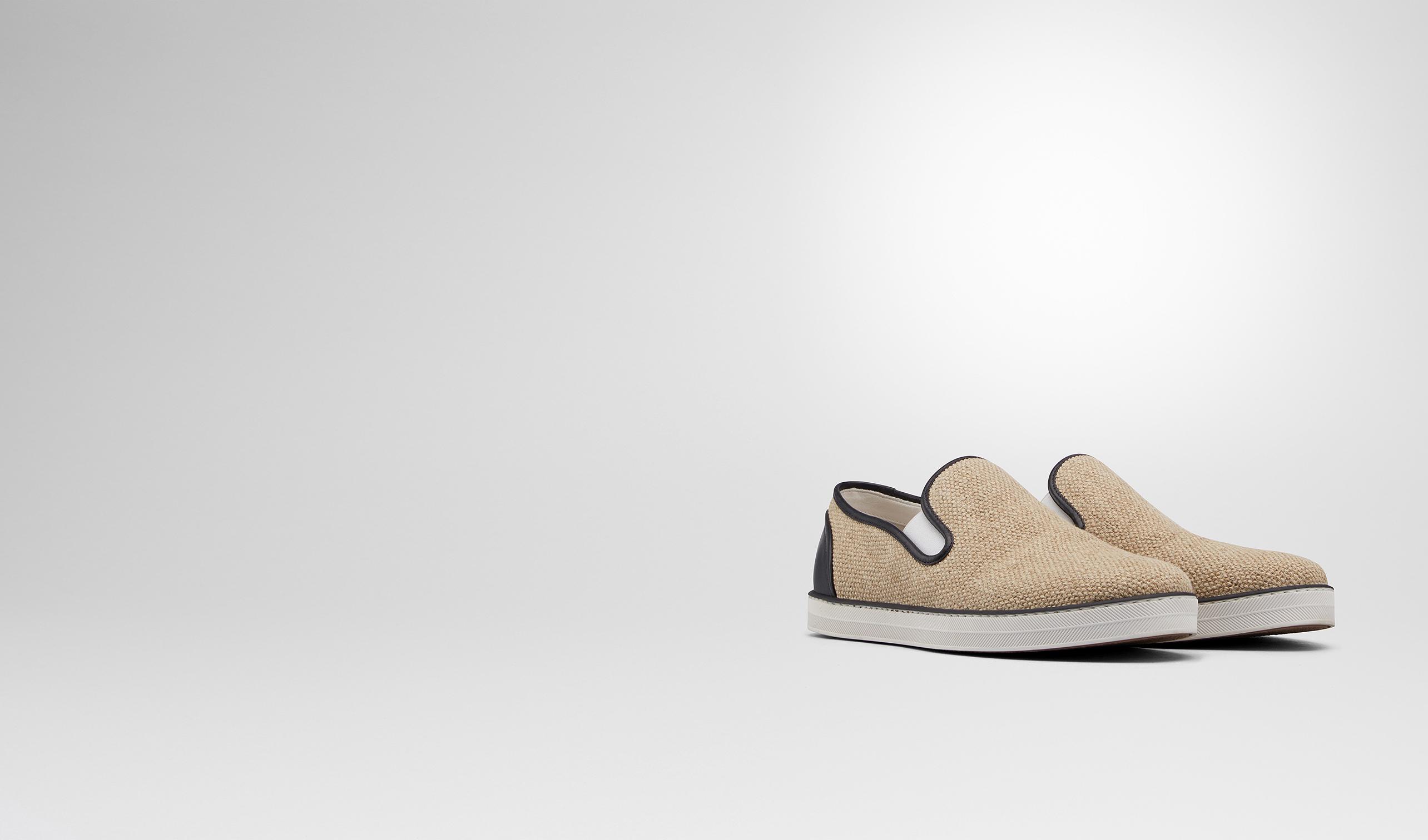 BOTTEGA VENETA Sneakers D SNEAKER IN NATURALE CANVAS AND NERO CALF pl