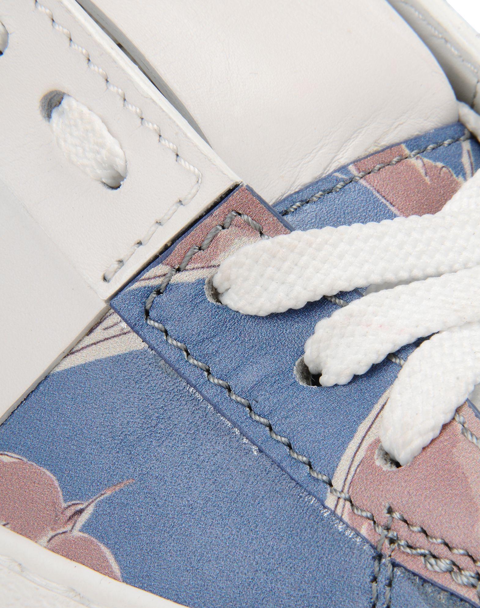 VALENTINO Logo Laces Rubber sole Round toeline  44975650ta