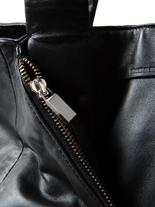 DIESEL BLACK GOLD VENUS I Handbag D d