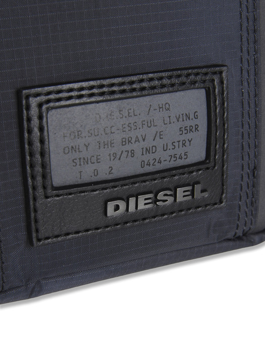 DIESEL BUS Crossbody Bag U d