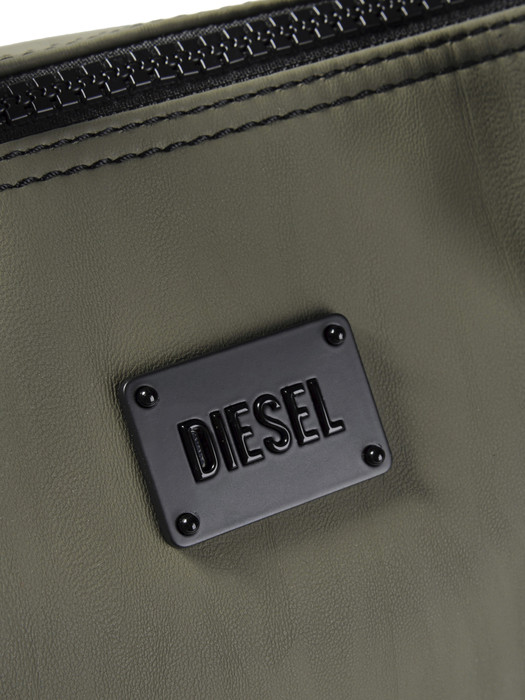 DIESEL ACTIVE MEDIUM Bolso D d