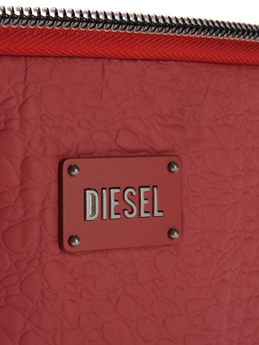 DIESEL ZIP YEP Small goods D d