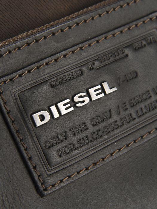 DIESEL PI-SPECIAL Crossbody Bag U d