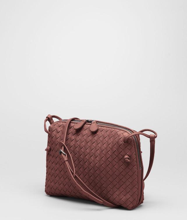 BOTTEGA VENETA MESSENGER BAG IN NERO INTRECCIATO NAPPA Crossbody bag D fp