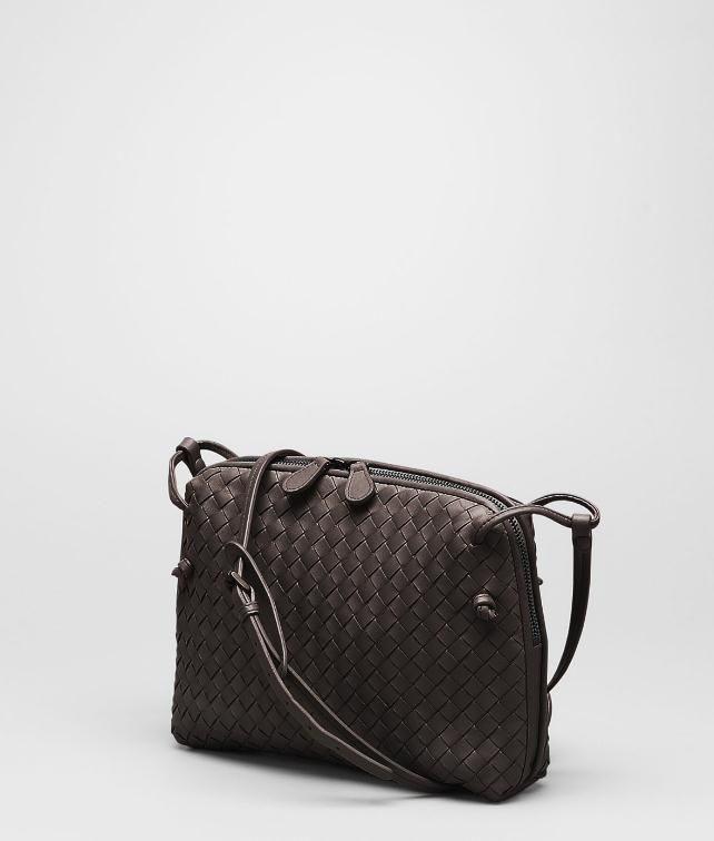 BOTTEGA VENETA MESSENGER BAG IN NERO INTRECCIATO NAPPA Crossbody bag D fp