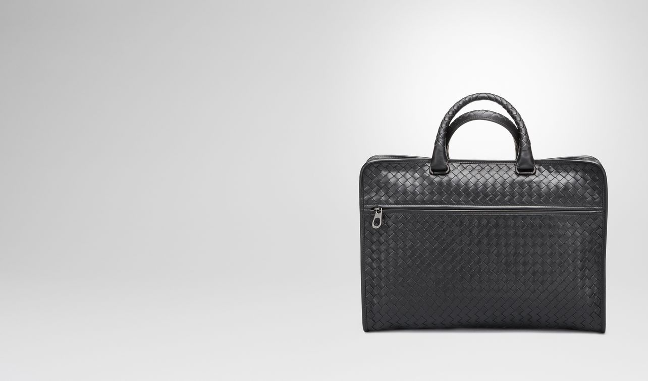 briefcase in nero intrecciato calf landing