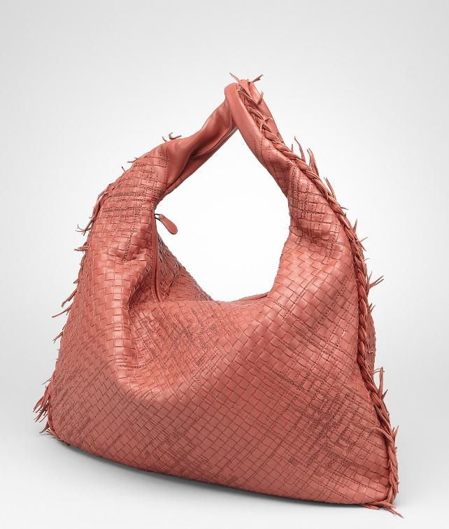 BOTTEGA VENETA Intrecciato Profondo Maxi Veneta Shoulder or hobo bag D fp