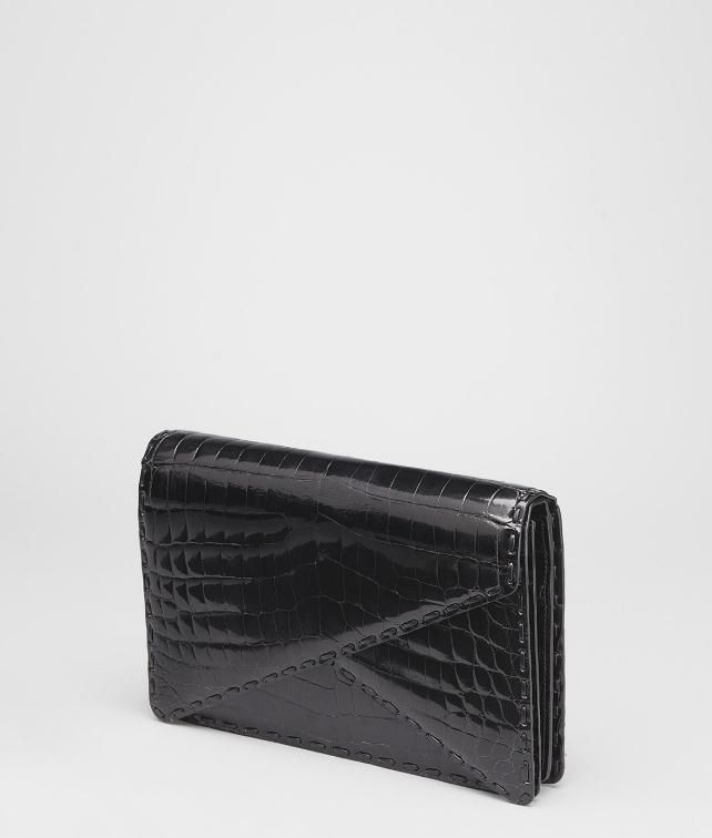 BOTTEGA VENETA Shiny Crocodile Clutch Clutch D fp