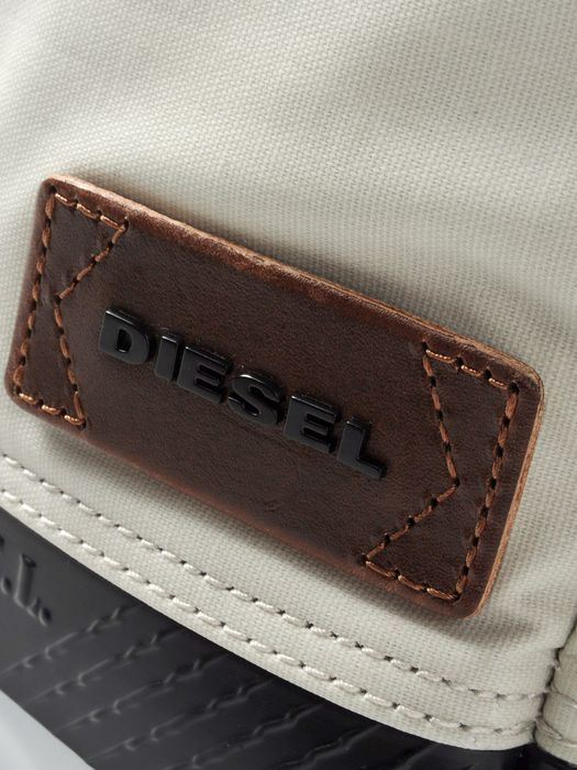 DIESEL INWARD II Crossbody Bag U d