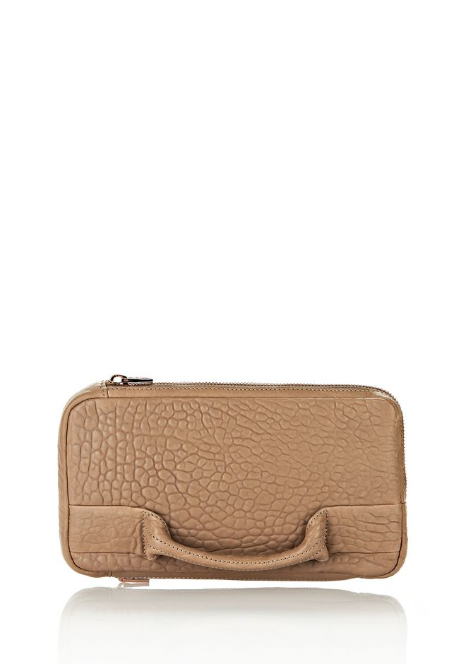 ALEXANDER WANG SOFT CLUTCH IN LATTE DUMBO WITH ROSEGOLD CLUTCH Adult 12_n_f