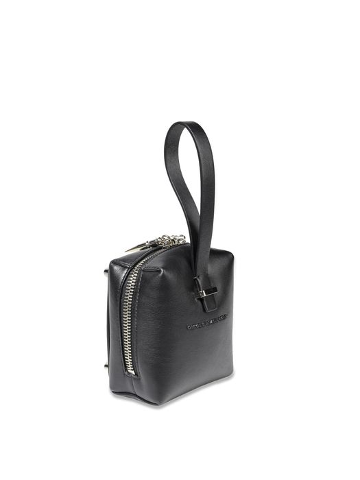 DIESEL BLACK GOLD FOUR-3 Clutch D e