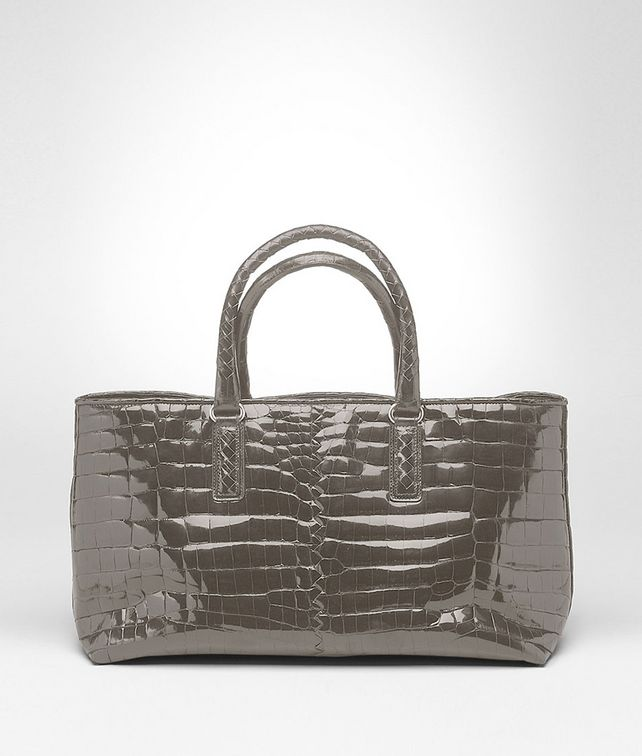 BOTTEGA VENETA Fenice Bag aus glänzendem Krokodilleder Fumé in Shadow Shopper D fp