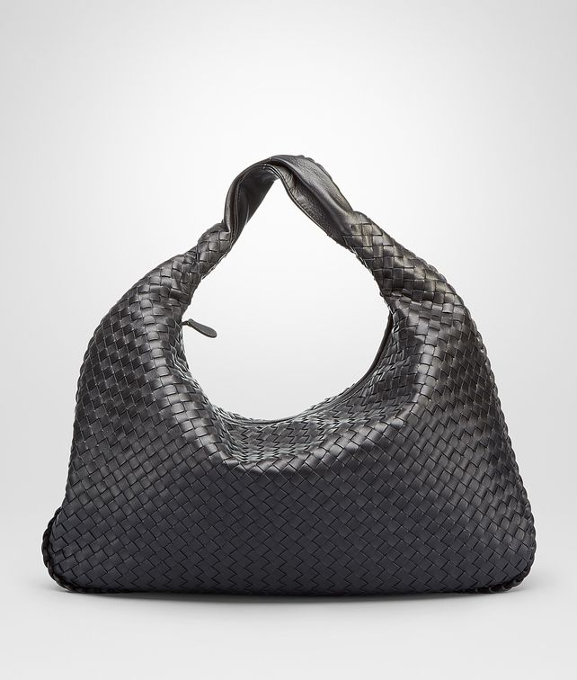 BOTTEGA VENETA Nero Intrecciato Nappa Large Veneta Shoulder or hobo bag D fp