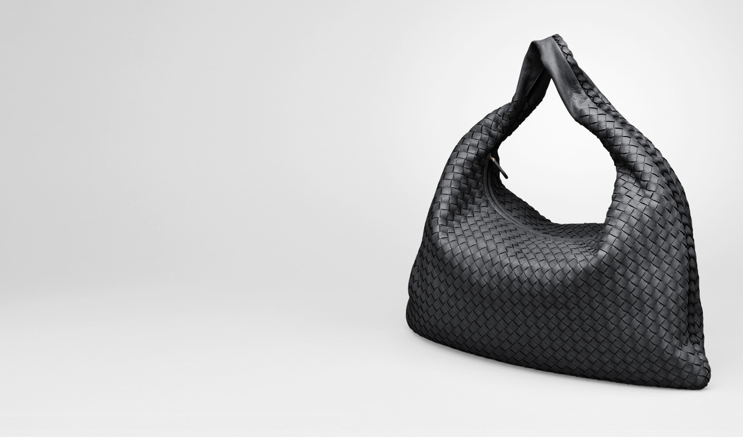 BOTTEGA VENETA Shoulder or hobo bag D Nero Intrecciato Nappa Large Veneta pl