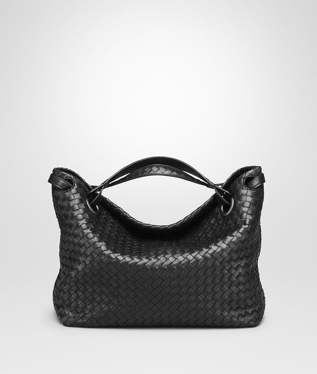 BOTTEGA VENETA MEDIUM SHOULDER BAG IN NERO INTRECCIATO NAPPA Shoulder or hobo bag D fp