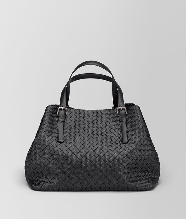 BOTTEGA VENETA GROSSE TOTE BAG AUS INTRECCIATO NAPPA IN NERO Shopper D fp