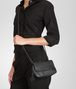 BOTTEGA VENETA Nero Intrecciomirage Messenger Mini Bag Crossbody bag D ap