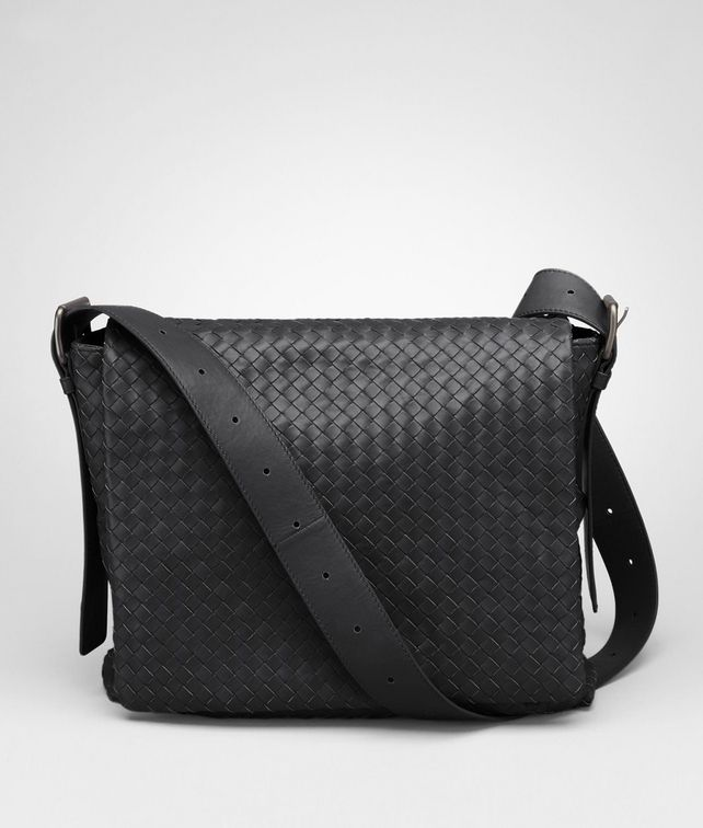 BOTTEGA VENETA MESSENGER BAG IN NERO INTRECCIATO CALF Messenger Bag U fp