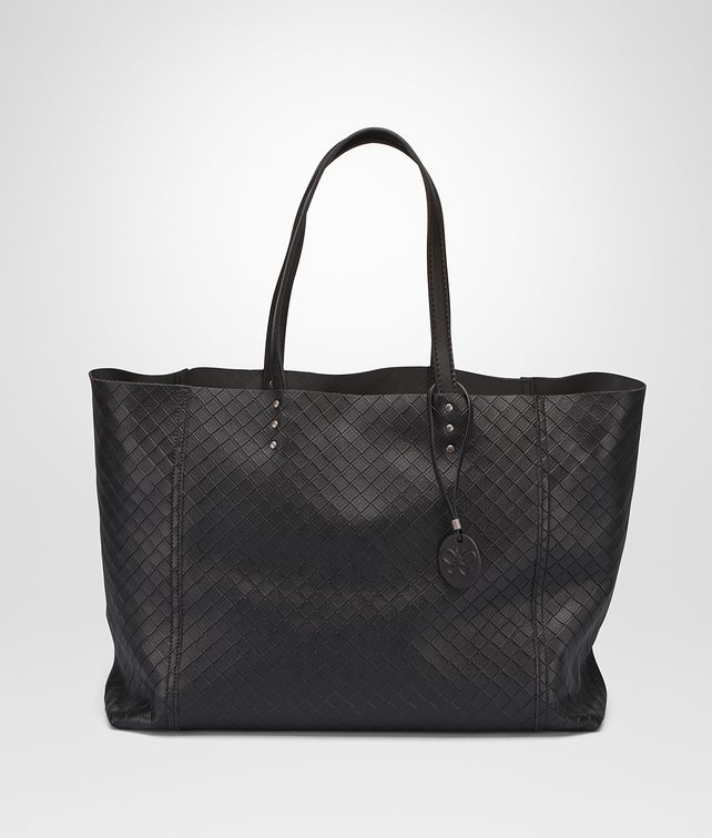 BOTTEGA VENETA MITTLERE TOTE BAG AUS INTRECCIOMIRAGE IN NERO Shopper D fp