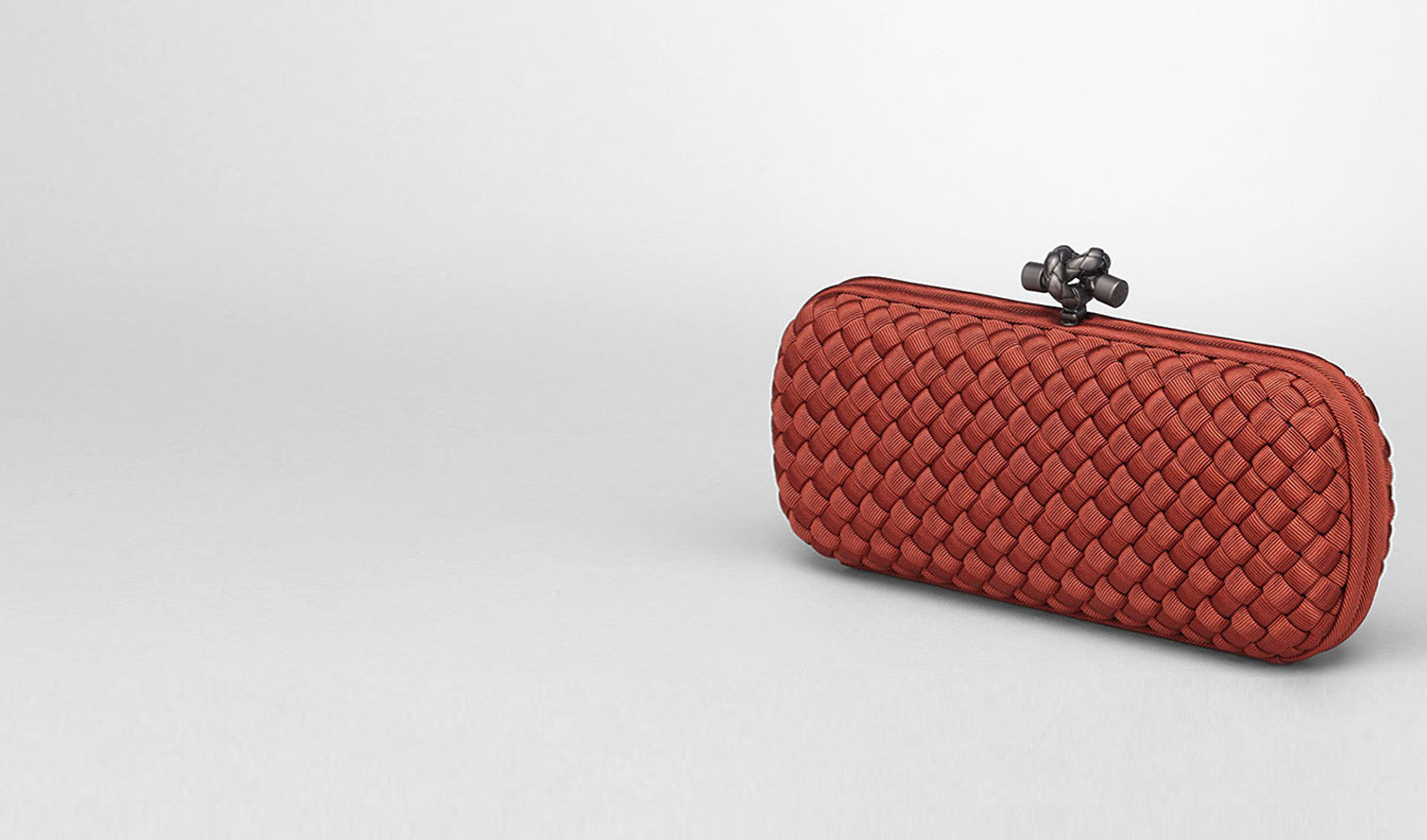 BOTTEGA VENETA Clutch D STRETCH KNOT CLUTCH IN BRIQUE INTRECCIO FAILLE MOIRE pl