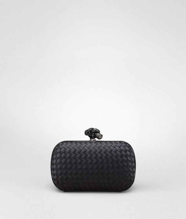 BOTTEGA VENETA Nero Satin Knot Clutch D fp