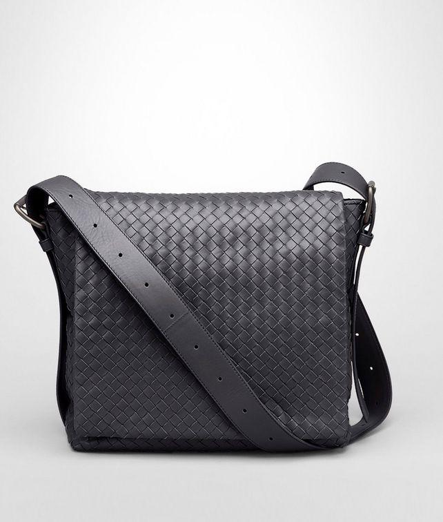 BOTTEGA VENETA Cross Body Messenger aus leichtem Kalbsleder Intrecciato Ardoise Messenger Tasche U fp