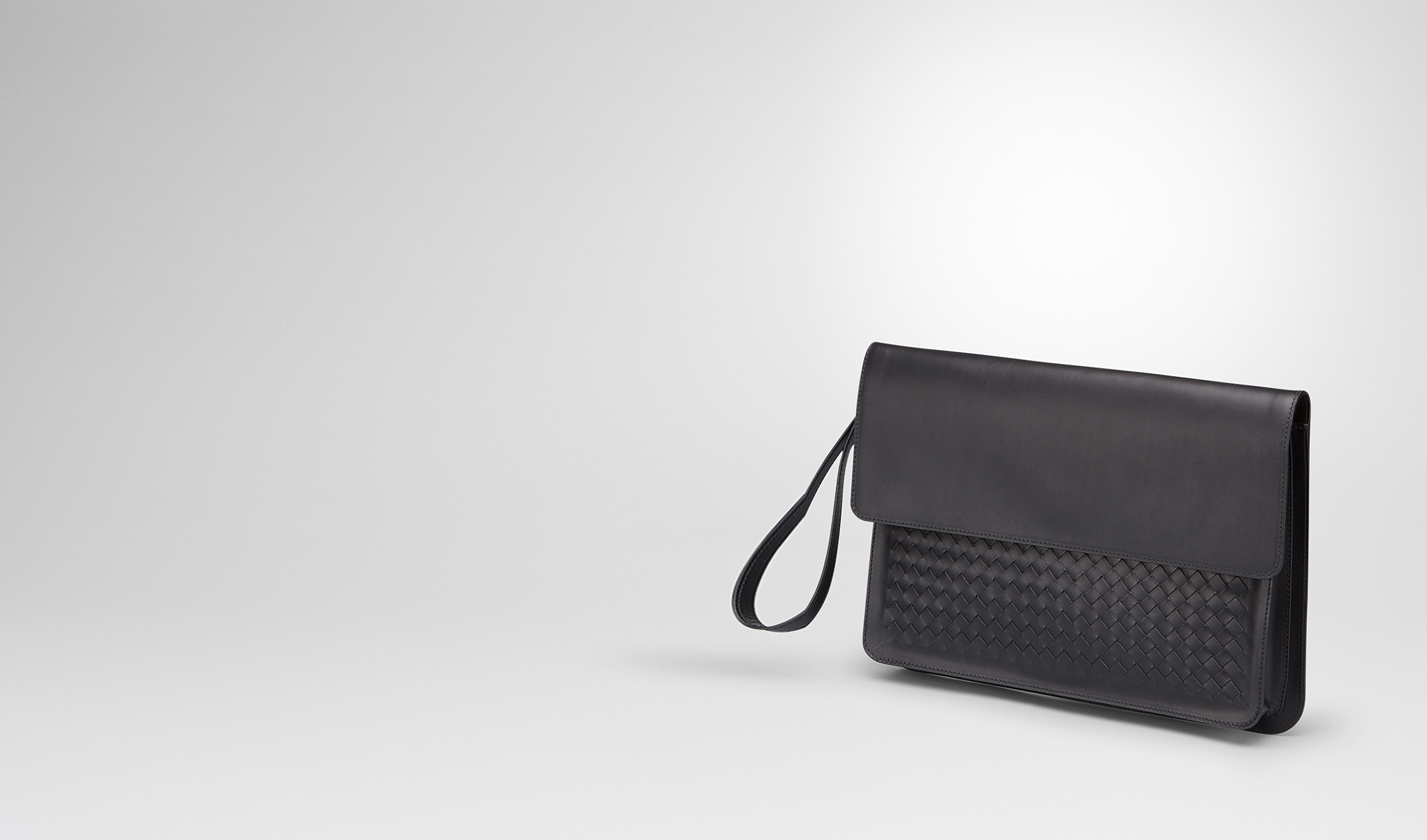 BOTTEGA VENETA Small bag U DOCUMENT CASE IN NERO CALF, INTRECCIATO DETAILS pl