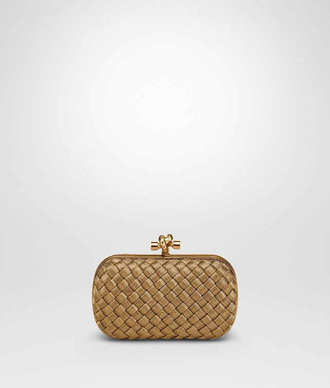BOTTEGA VENETA KNOT IN ORO BRUCIATO INTRECCIO Clutch Woman fp