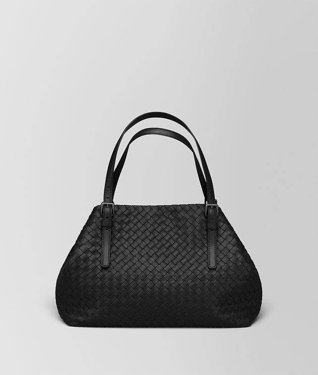 BOTTEGA VENETA MITTLERE TOTE BAG AUS INTRECCIATO NAPPA IN NERO Shopper D fp