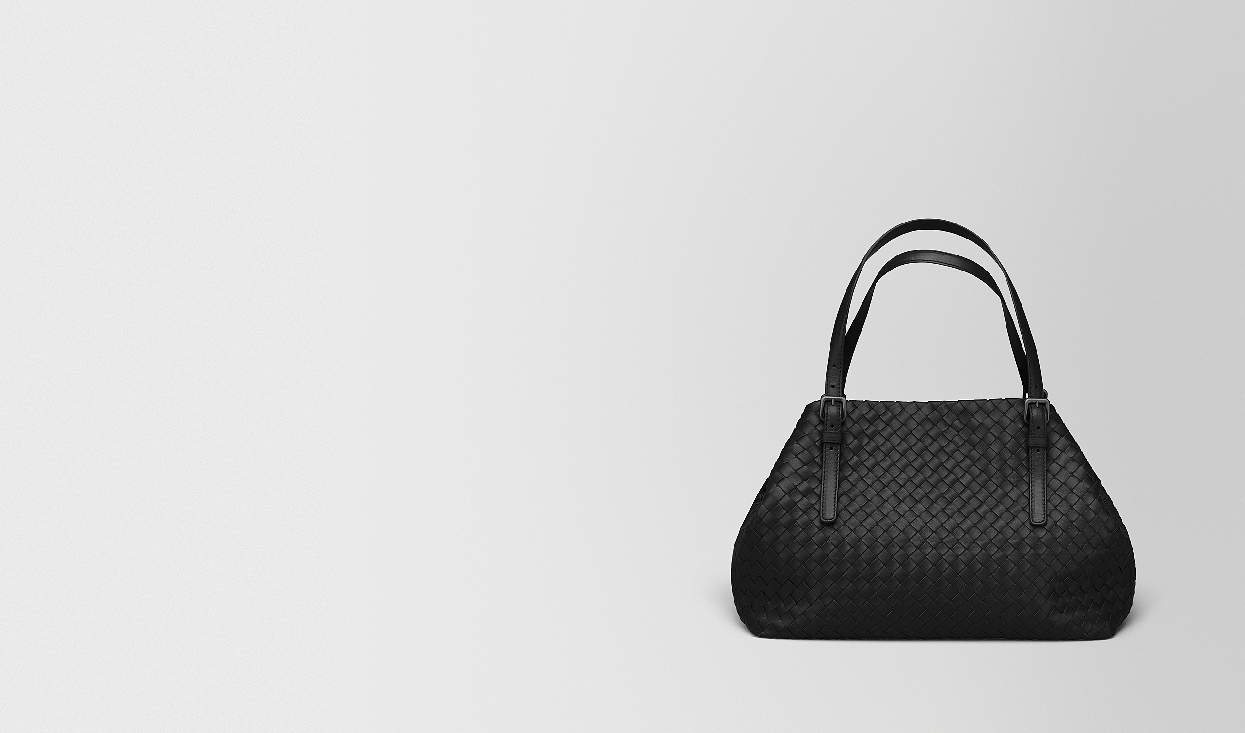 BOTTEGA VENETA Shopper D MITTLERE TOTE BAG AUS INTRECCIATO NAPPA IN NERO pl