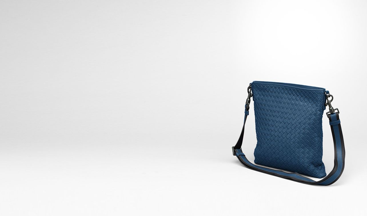 BOTTEGA VENETA Messenger Bag U Électrique Intrecciato VN Cross Body Messenger pl