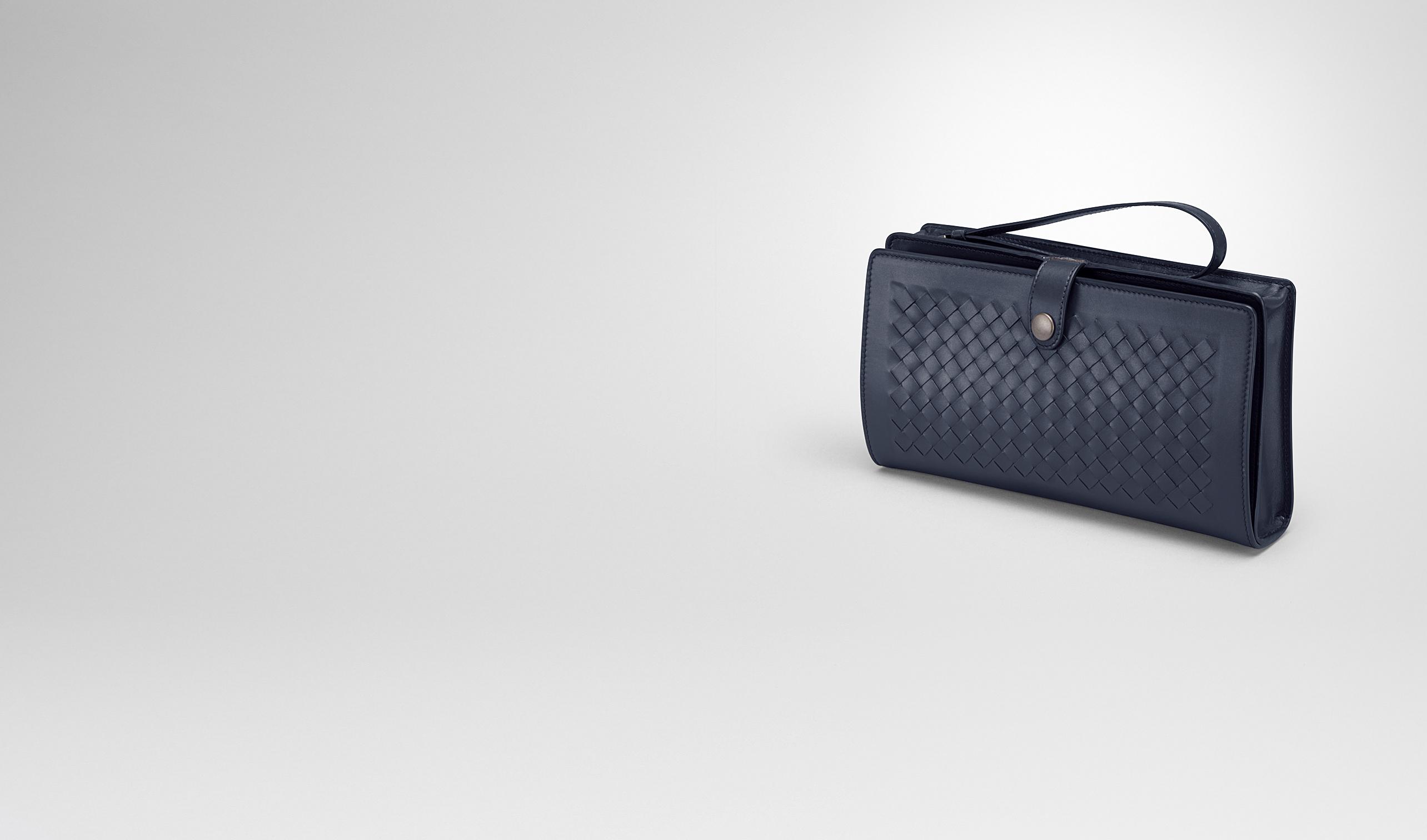 BOTTEGA VENETA Small bag U MULTI-FUNCTIONAL CASE IN PRUSSE CALF, INTRECCIATO DETAILS pl
