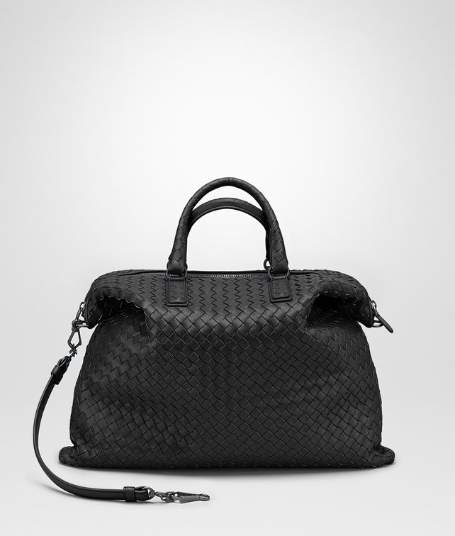BOTTEGA VENETA MEDIUM CONVERTIBLE BAG IN NERO INTRECCIATO NAPPA Top Handle Bag Woman fp