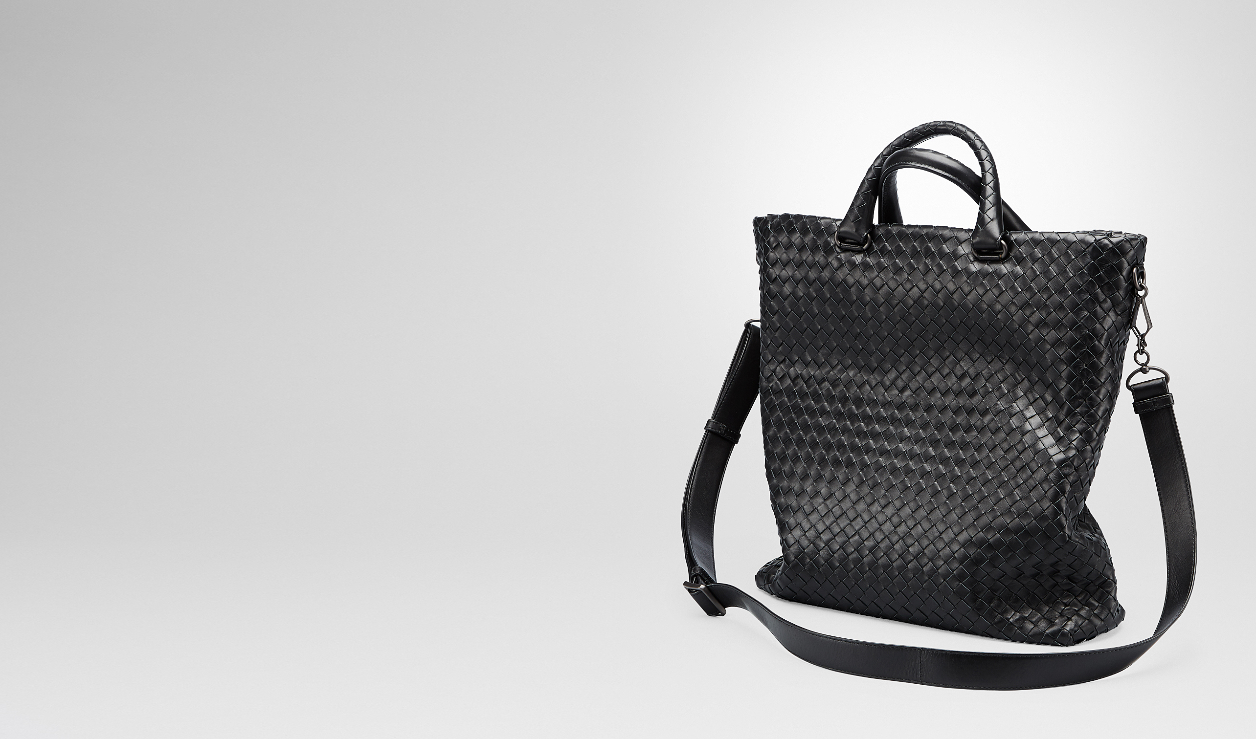 BOTTEGA VENETA Tote Bag U Nero Intrecciato Light Calf Tote Bag pl