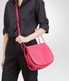 BOTTEGA VENETA ROSA SHOCK INTRECCIATO NAPPA MESSENGER BAG Crossbody bag D ap