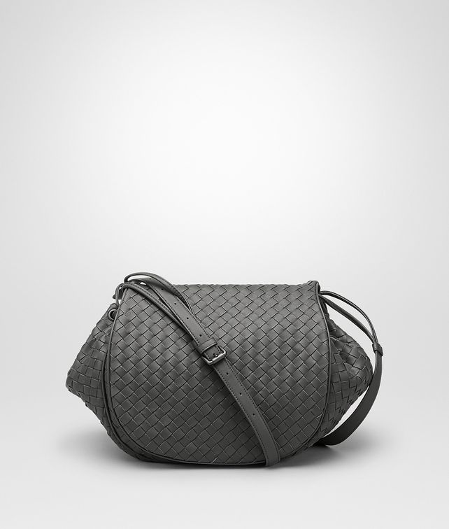 BOTTEGA VENETA MESSENGER BAG IN NEW LIGHT GREY INTRECCIATO NAPPA Crossbody bag D fp