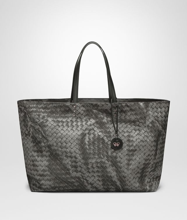 BOTTEGA VENETA BORSA SHOPPING MEDIA IN INTRECCIOLUSION NEW LIGHT GREY Borsa Shopping D fp