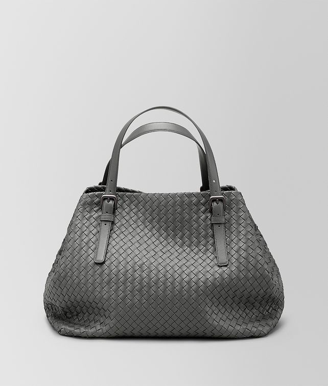BOTTEGA VENETA LIGHT GRAY INTRECCIATO NAPPA LARGE TOTE Tote Bag D fp