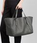 BOTTEGA VENETA GROSSE CESTA BAG AUS INTRECCIATO NAPPA IN LIGHT GREY Shopper D ap