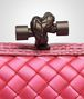 BOTTEGA VENETA STRETCH KNOT CLUTCH IN ROSA SHOCK INTRECCIO IMPERO, AYERS DETAILS Clutch D ep