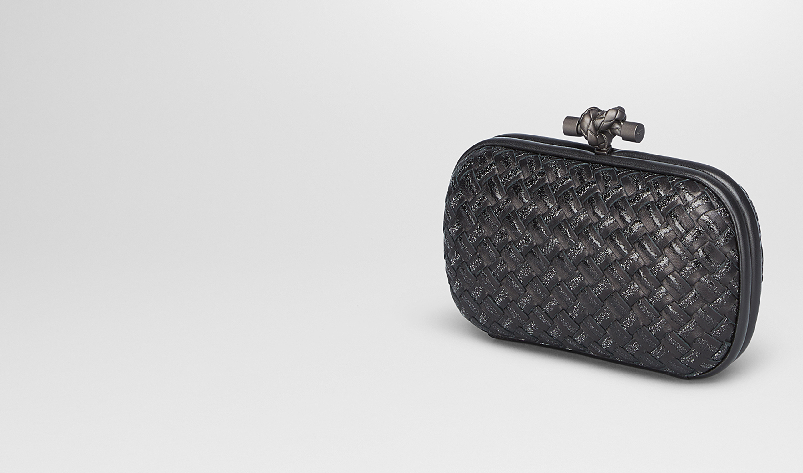 BOTTEGA VENETA Clutch D NERO METAL INTRECCIO PLACCATO KNOT pl