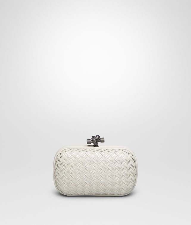 BOTTEGA VENETA KNOT AUS METALLIC INTRECCIO PLACCATO IN MIST Clutch D fp