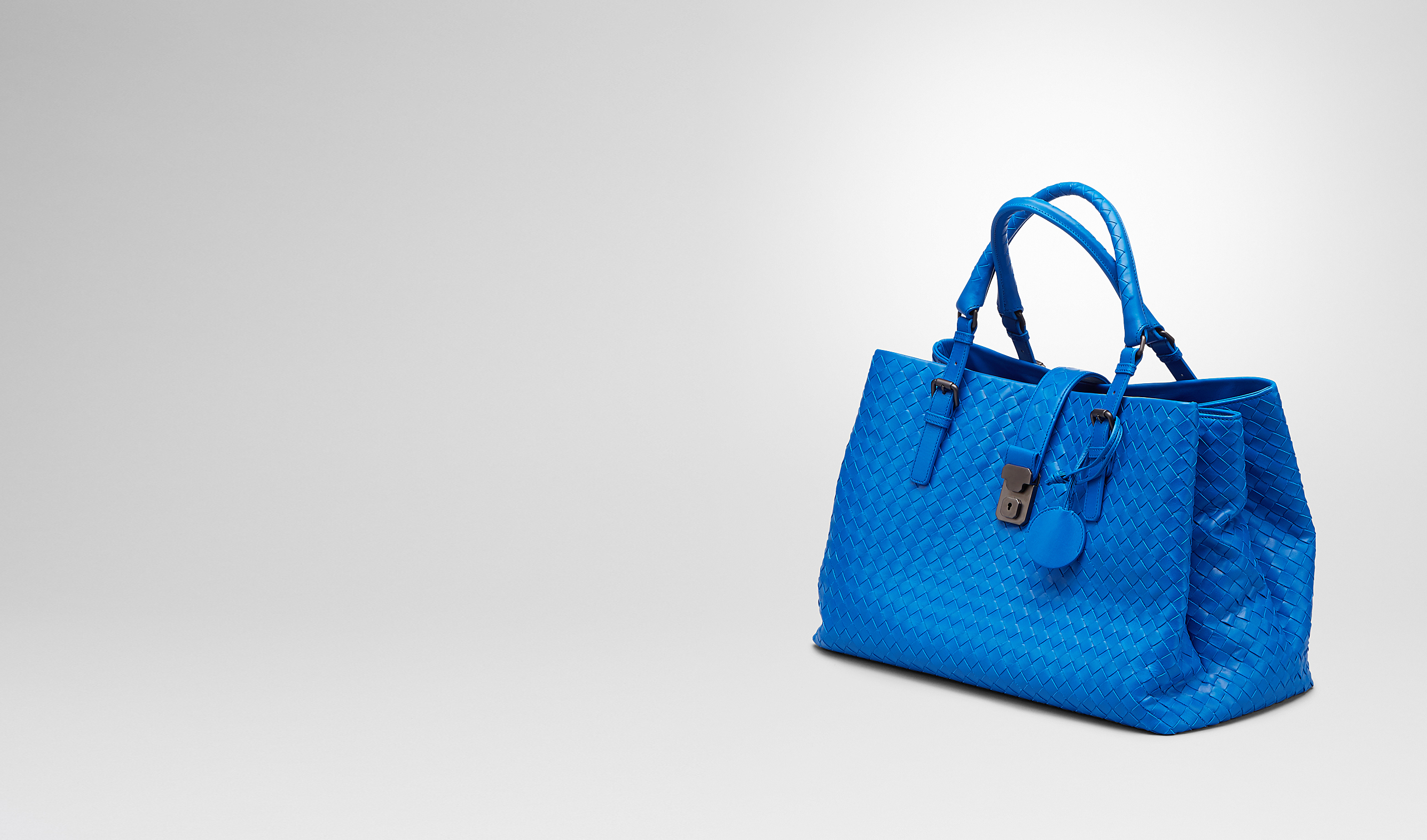 BOTTEGA VENETA Top Handle Bag D SIGNAL BLUE Intrecciato Light Calf ROMA BAG pl