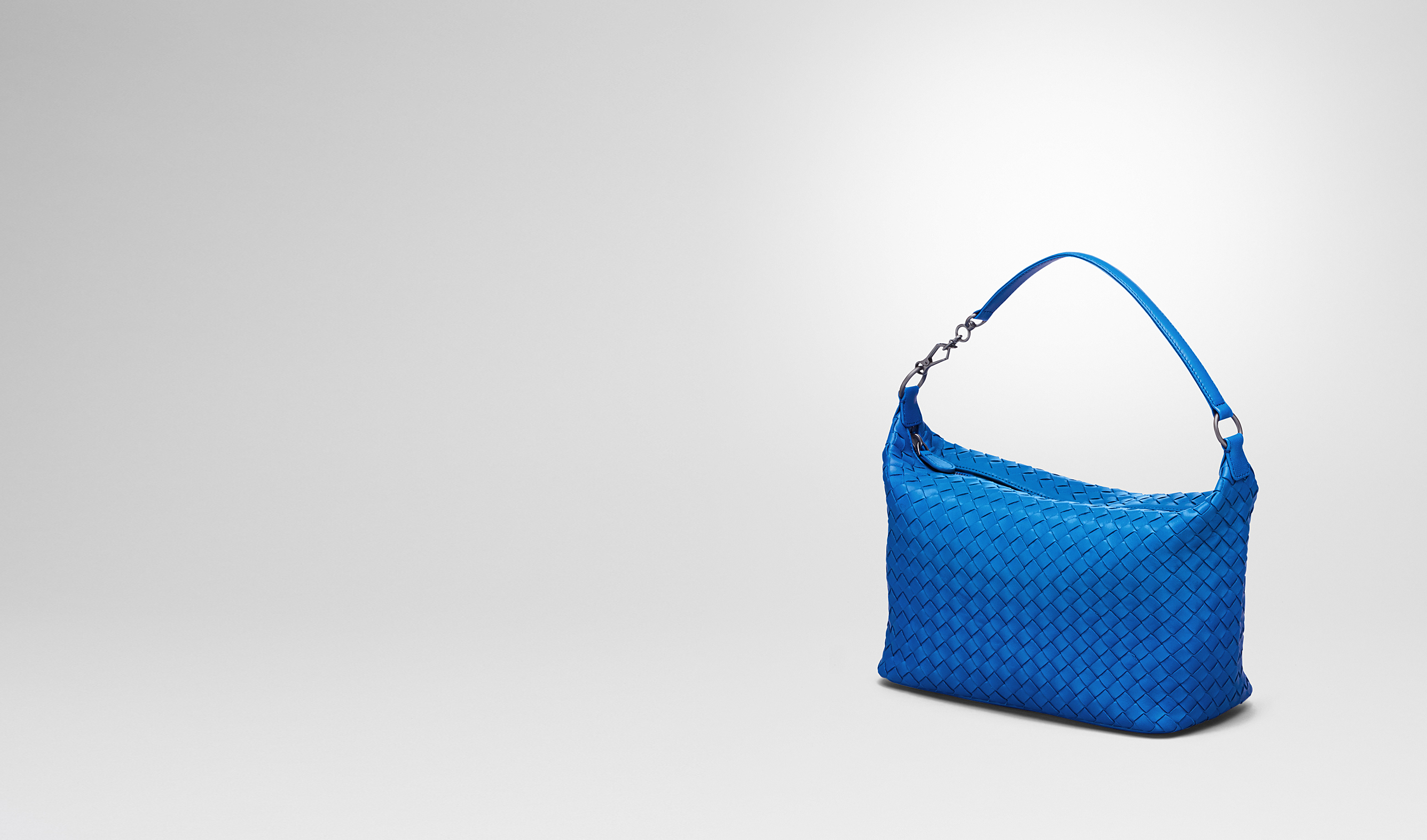 BOTTEGA VENETA Shoulder or hobo bag D Signal Blue Intrecciato Nappa Bag pl