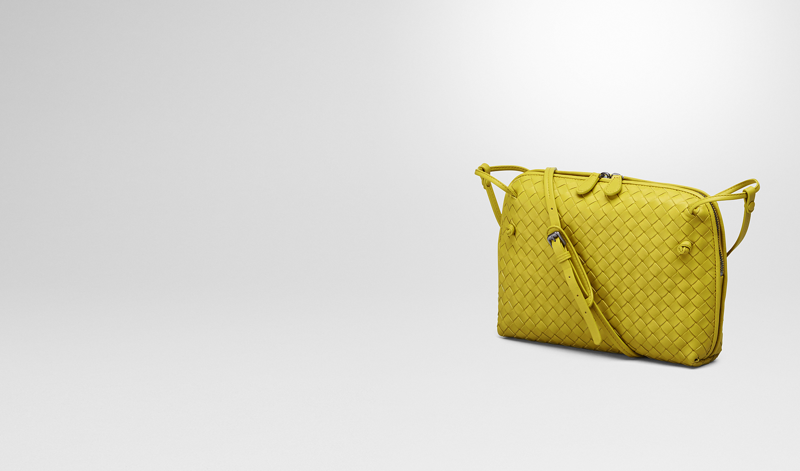 BOTTEGA VENETA Crossbody bag D NEW CHARTREUSE   INTRECCIATO NAPPA MESSENGER BAG pl