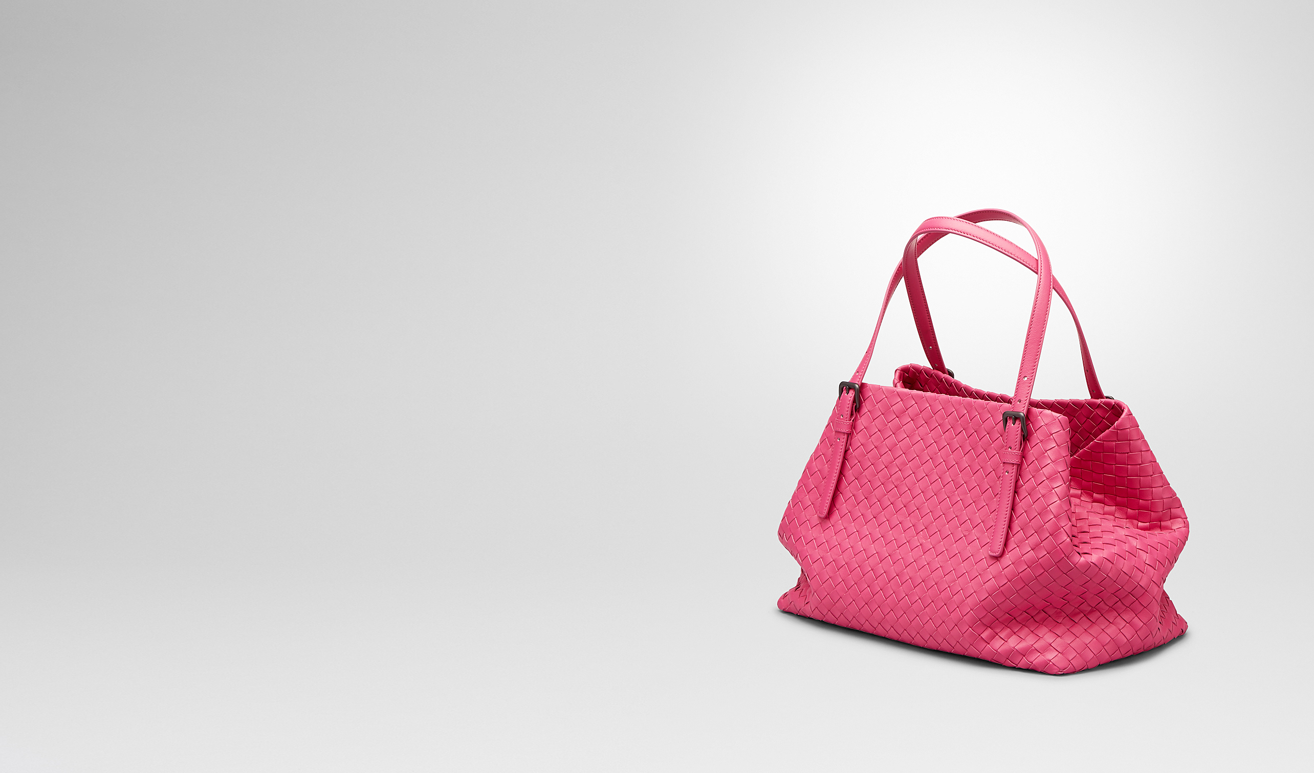 BOTTEGA VENETA Borsa Shopping D SHOPPER ROSA SHOCK IN NAPPA INTRECCIATA pl