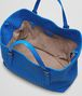 BOTTEGA VENETA SHOPPER AUS NAPPALEDER INTRECCIATO SIGNAL BLUE Shopper D dp